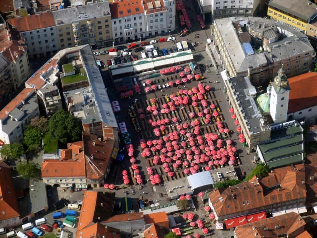 שוק האיכרים בזגרב (Dolac)